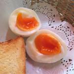 42101704 - ゆで卵は半熟★