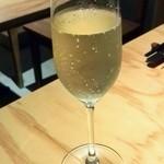 加古川ワインバル - シャンパン