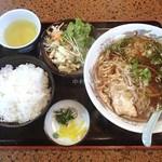 大阪屋 - ラーメン定食(750円)