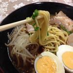 高砂食品 - 麺アップ