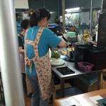 菊水苑 - こっちでシロップをかける分業です