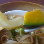 民芸茶屋 清水 - 野菜もたっぷり