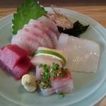 すし辰 - 料理写真:刺身セット 前半