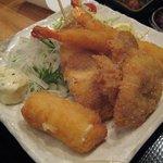 軍鶏一 - ミックスフライ \780