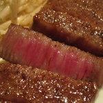 鉄板Diner JAKEN - 黒毛和牛ミディアムレア