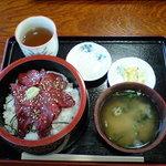 4211889 - 桜丼