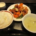 42112980 - 酢豚定食