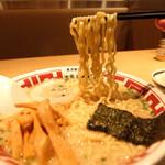 42114163 - 201509 中太ちぢれの自家製麺
