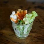 カフェトーチカ - 料理写真:オムライス黒大盛りお昼ごはんセット 野菜スティック