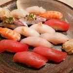 海鮮料理魚春とと屋 - おまかせ二人前 2200円