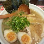 東京とんこつらーめん 翔 - 味噌ラーメン(贅沢盛り)