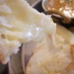 プジャ - チーズナン