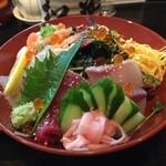 松葉寿司 - 海鮮丼(表面)