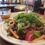 Kirin - アジアポークサラダごはんのポークを烏賊に変えてもらいました
