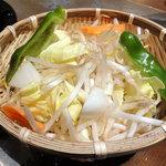 ジンギスカン羊羊亭 - 野菜