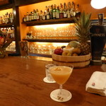 Bar 長屋 - 桃のカクテル