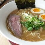 うさこい - 料理写真:醤油ラーメン
