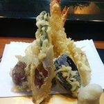 すし政 - 天ぷら 小田原の某有名店よりさっぱり目で美味しい。安定してます。