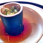 四季亭 - 三輪素麺。竹筒から押し出して頂きます。