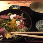 42161611 - ローストビーフ丼