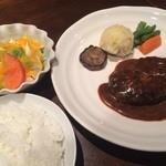 42162649 - 洋食TAKA(ハンバーグデミソース)