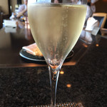 鉄板焼 備彩 - スパークリングワイン