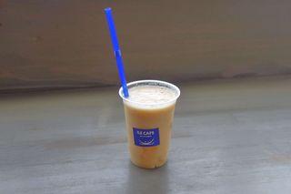 ILE CAFE - 今回購入したメロン100%ジュースは、見た目から詰まっている感ムンムンで