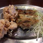 一完歩 - から揚げ2個と餃子と白飯も付いて980円のセットにしました(*´д`*)