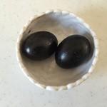 ゴトウくんせい - 料理写真:10日間燻製続けた卵との事。
