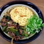 牧のうどん - 肉うどん+かき揚げ