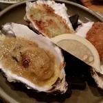42179308 - 牡蠣のカニ味噌焼き、牡蠣のバター焼き、牡蠣フライ