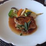 フランス料理 Kimishima  - 【肉料理】 やんばる地鶏のソテー オレンジソース