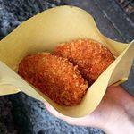 鳥宏 - 料理写真:奥:男爵コロッケ、手前:チキンメンチカツ