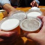 42188141 - やっぱり、まずは 生ビール お祭り料金:500円(税込)で かんぱぁ~イ ですネ! お祭りモードですので プラカップとなります。