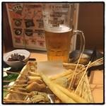 串むすび・博 - 串揚げ、生ビール・メガ。 安くて美味い。