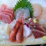 42192193 - 刺身定食¥1500の刺身8種(H27.9.21撮影)