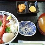 42192234 - ちらし丼¥1250(H27.9.21撮影)