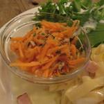42199341 - パスタ・ランチ:野菜とベーコンのレモンクリーム・ソースのパスタ、キャロット・ラペ、グリーン・サラダ、玉ねぎと牛乳のスープ3