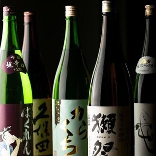 厳選地酒・地焼酎!23種の日本酒飲み放題コースもご用意◎