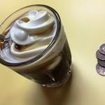 42202836 - 150822クリームコーヒー160円