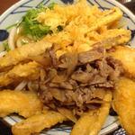 丸亀製麺 - 肉ごぼう天うどん