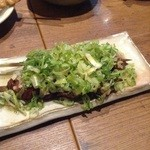 居食屋 渡美 - 鶏レバーネギ塩1本190円