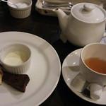 クチーナta・to - 2015/9 コースのデザートと紅茶