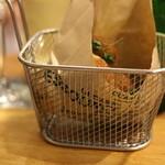 レネ - 2015年10月 お魚のすり身を揚げた前菜