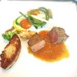 42206417 - お肉料理*黒毛和牛ロースのステーキ 黒トリュフのソース フォアグラのポアレトッピング