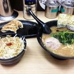 せい家 - 料理写真:上板橋セット680円