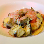 レストラン エピファニー - なすのグラタン、トマトソース