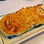 華蓮 - 焼餃子 450円