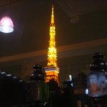 ニルワナム 神谷町店 - 窓からの景色。