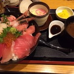 42223232 - 海鮮丼